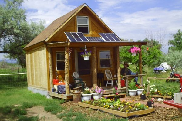 Off the grid tiny cabin