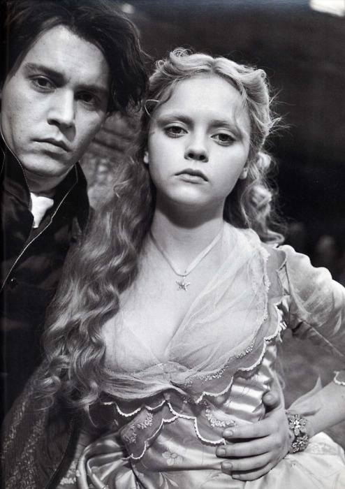 ♥ Johnny Deep and Christina Ricci (Sleepy Hollow)