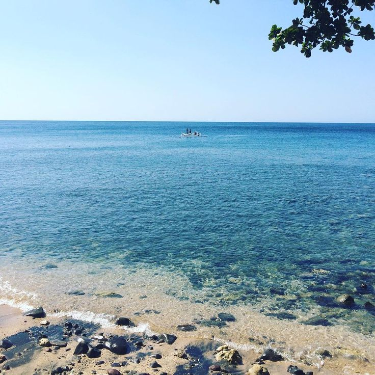 Amed beach ~ I'm about to try some snorkelling. Wish me luck