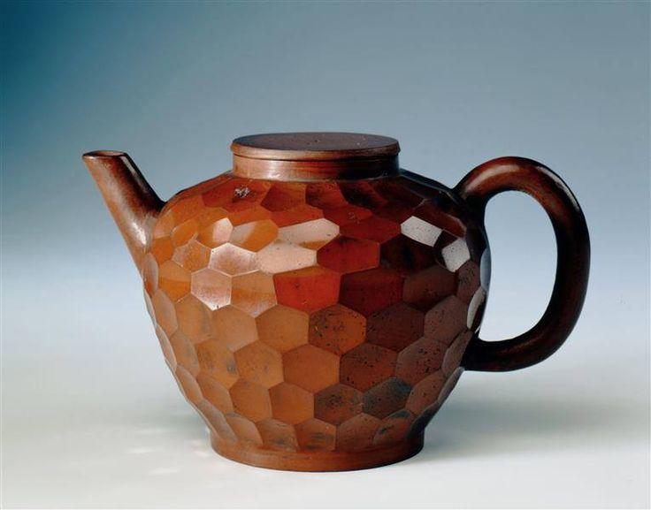 Unknown craftsman, teapot, brown Böttger porcelain, Meissen, Germany, 1710. image Ernest Wertheim