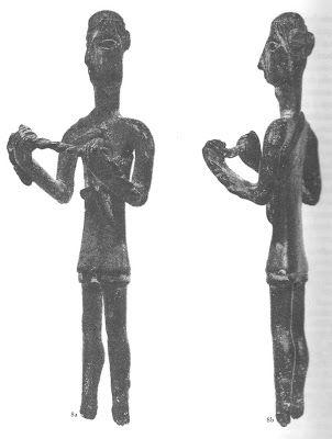 Quotidiano di storia e archeologia: Bronzetti nuragici: Fromboliere e lottatori