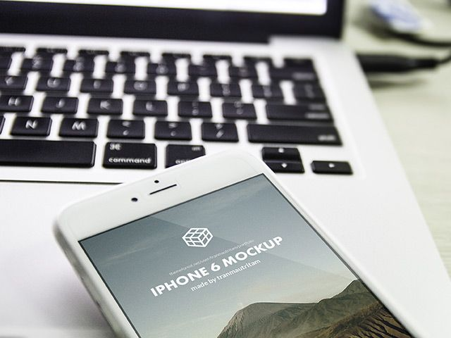 5 photographic iPhone 6 Plus mockups