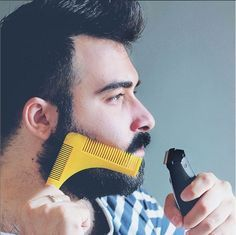 Men Beauty Tips : How to cut his beard with the comb Groomarang ?  Astuces beauté au masculin : Comment tailler sa barbe avec le peigne Groomarang ?
