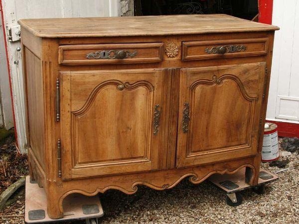 Les 25 meilleures id es de la cat gorie commode rustique sur pinterest meub - Decaper un meuble en metal ...