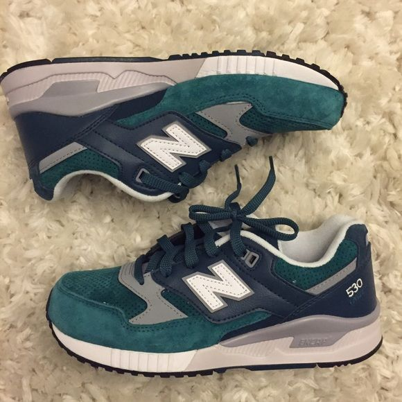 {NWOB} New Balance 530 Encap Sneakers New without box New Balance 530 sneakers! Love the current trend of NB shoes with jeans and sweaters. Awesome forest green and gray color. Womens size 7. New Balance Shoes Sneakers