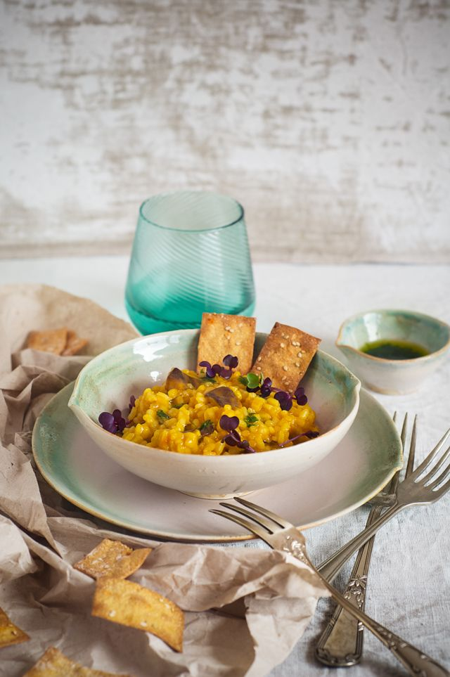 Risotto de zanahoria y setas shitake con aceite de cebollino