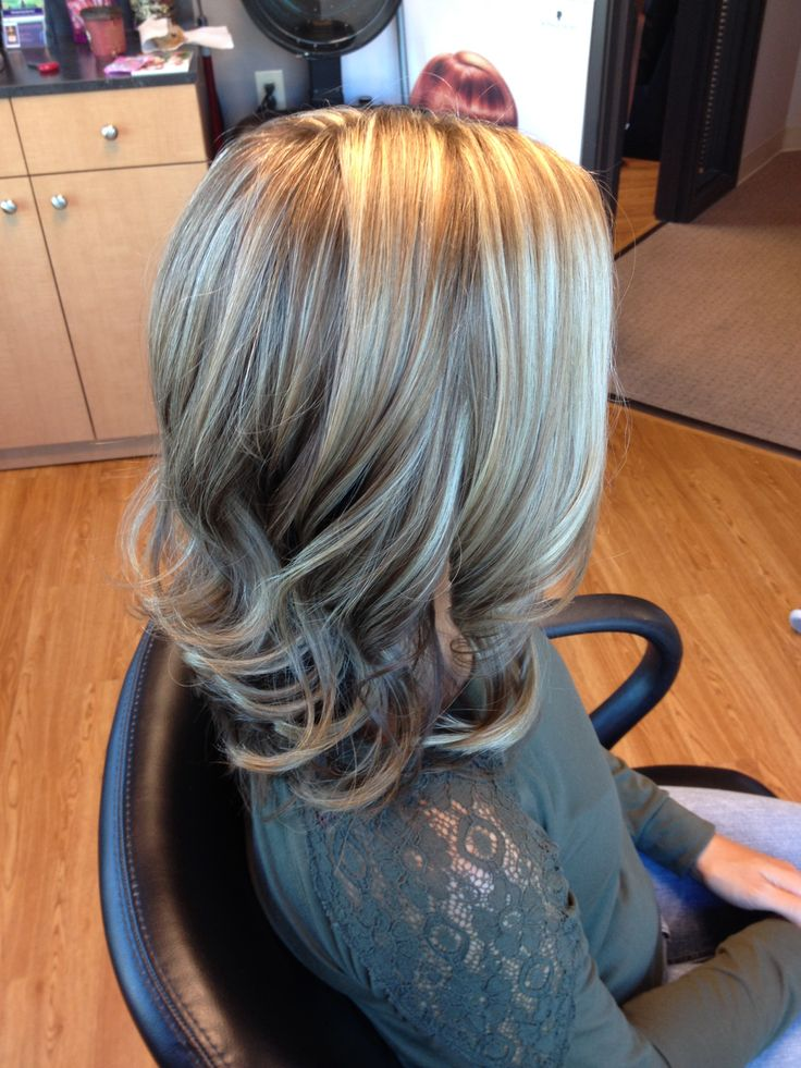 Blonde highlights and light brown hair