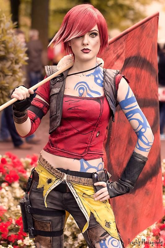 99 best Lilith the Siren images on Pinterest | Lilith ... Lilith Borderlands 2 Cosplay