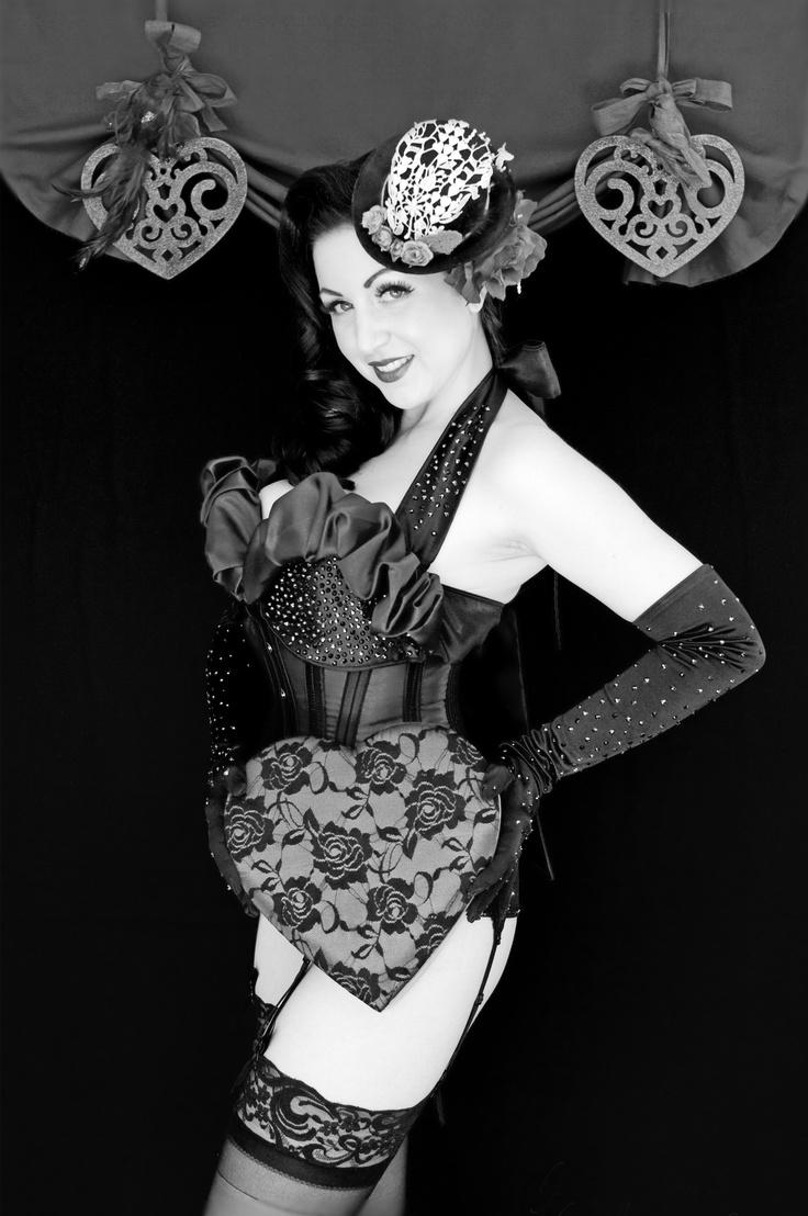 Sophia Sirena sweetheart session   copyright Mila Reynaud