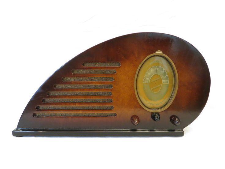 VINTAGE 1937 CLIMAX RUBY TEARDROP DEPRESSION ERA ART DECO OLD WOOD TUBE RADIO