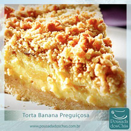 Torta Banana Preguiçosa: Ingredientes: 12 bananas maduras fatiadas;10 col. sopa de farinha de trigo;10 col. sopa de açúcar;1 col. sopa de fermento;1 pacote de açúcar de baunilha. Modo de Fazer: Misture a farinha, o açúcar, o fermento e o açúcar de baunilha. Unte um refratário com manteiga e despeje um pouco da massa, coloque uma camada de banana e siga alternando.Entre as camadas coloque pedaços de margarina. Polvilhe açúcar e canela no final. Leve ao forno para dourar e estará pronto!!!