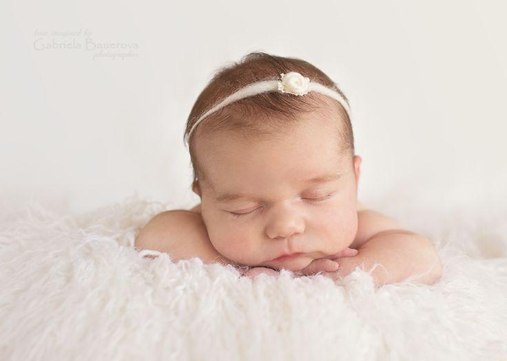 #newbornphotography #posing #angel #newborn #babygirl