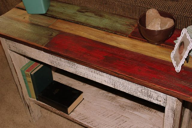 Lovw love love this sofa table.  Make with pallet wood or any wood you can get for little to nothing.  Love the stain!  So original and goes well with most decor!