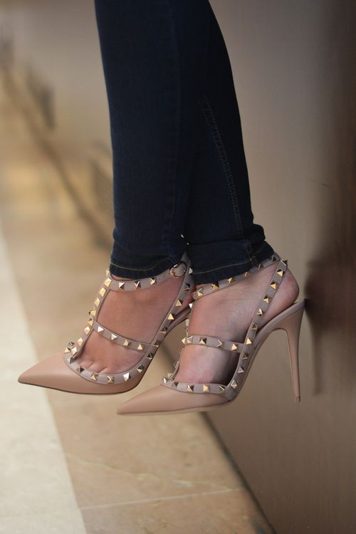 I am normally not into studs, but these I love. It must be the elegance of the shoe style.