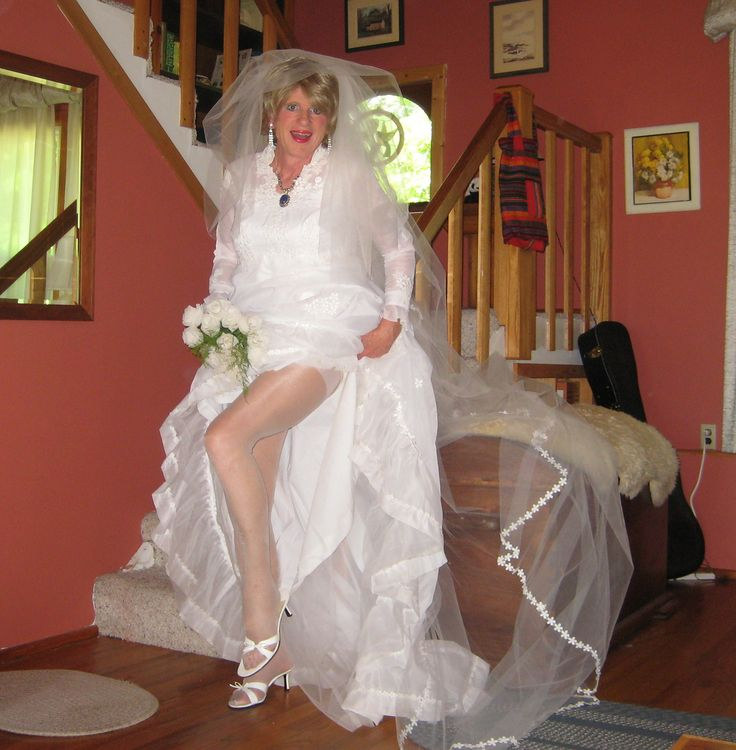 wedding dresses for gay men
