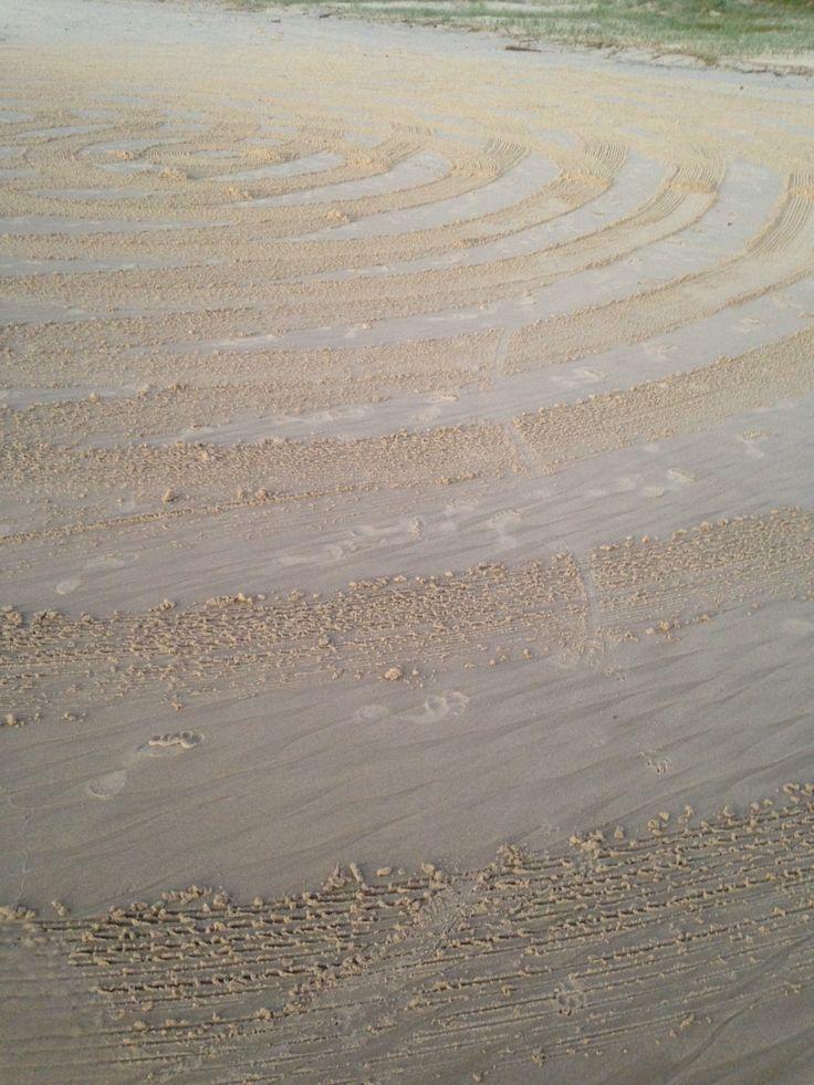 Sand art at dawn  https://www.airbnb.com.au/rooms/1926943