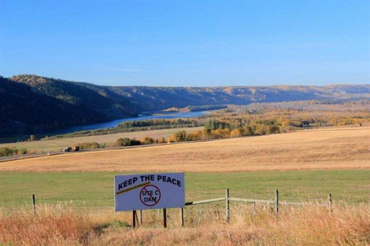 First Nation issues BC gov't Site C dam ultimatum