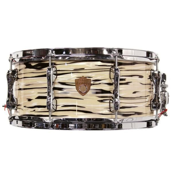 Sakae Trilogy Snare Drum in Mint Oyster Pearl - Manchester Drum Centre