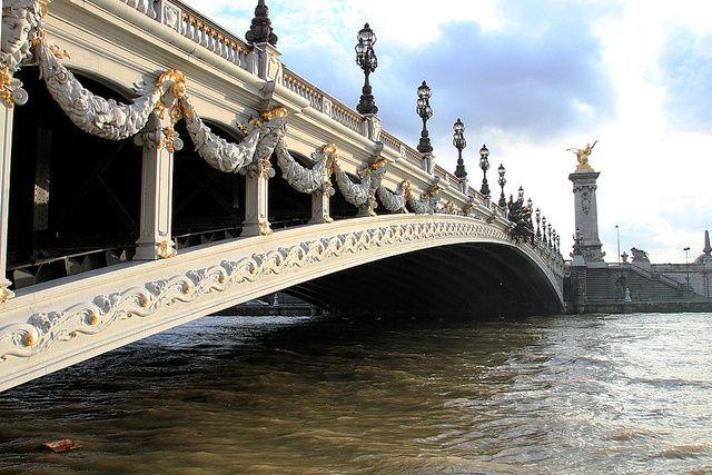 Puente Alexandre III, París (Francia)