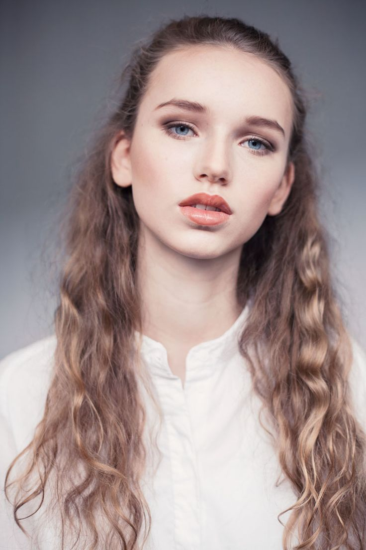 Foto: Sofie Kirkeby  MUA: Catharina Almskou Model: Marie Emborg / Le Management