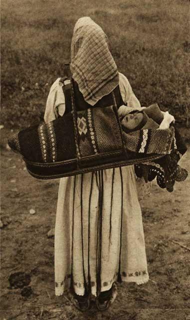 Romania Cornea,-taranca.jpg (381×640)