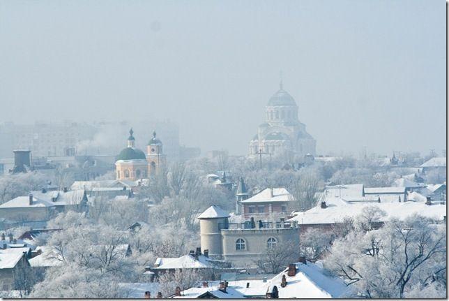 Вот и  в Астрахани наступила зима, правда на один день, по прогнозам завтра уже до +6, но все равно она будет. Особенно красиво, когда иней на деревьях, а еще - …