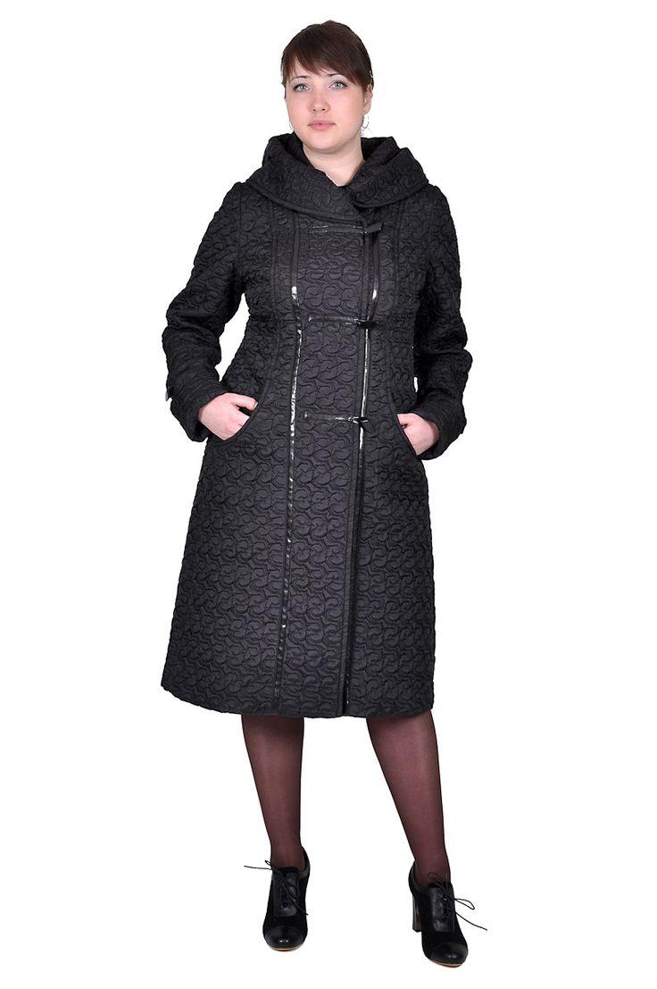 Пальто черного цвета с окантовкой швов