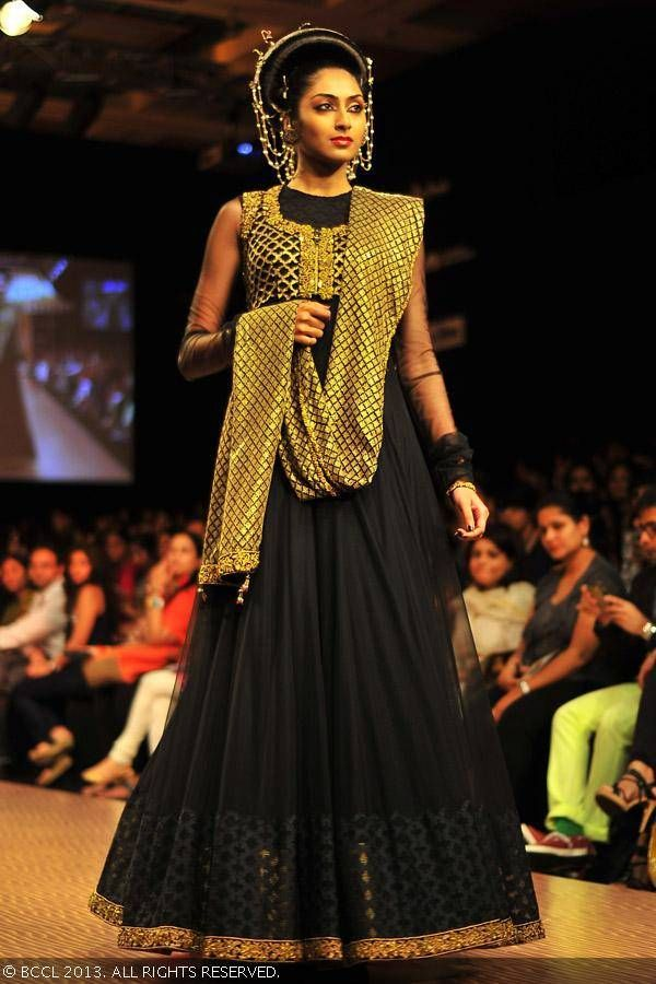 Shantanu Goenka | Lakme Fashion Week (LFW) Winter/Festive 2013