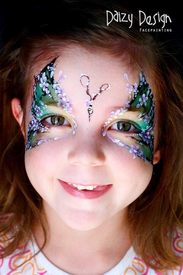 (98) Daizy Design Face Painting