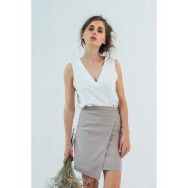 V-neck top #minimalism #boho