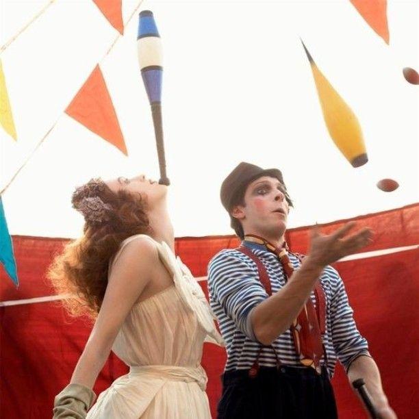 Ultime tendenze in tema di matrimoni: lo #streetwedding <3 #candy #cakes #dolci #italia #wedding #weddingday #weddingideas #favours #ideenozze #pinterest #rustic #rusticchic #campania #capri #sorrento #amalfi #positano #matrimonio #nozze #weddingdesign #voilà #picoftheday #firstpost #weddingbag #food #giardino #garden #giocolieri #intrattenimento ---- > TUTTO L'ARTICOLO SU ---> http://ideeperlenozze.blogspot.it/2016/05/ultime-tendenze-in-tema-di-matrimoni-lo.htm