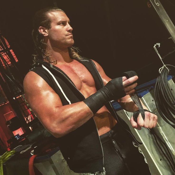 @heelziggler tapes his fists to bring the FIGHT to #KevinOwens on #Raw!