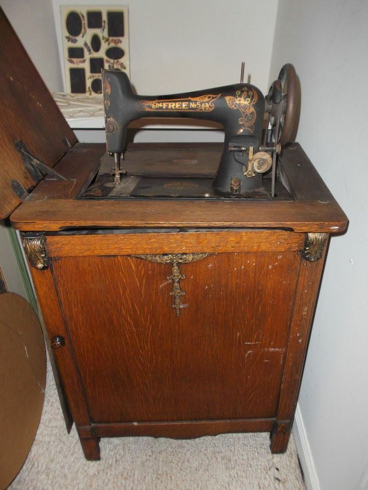 antique pedal sewing machine