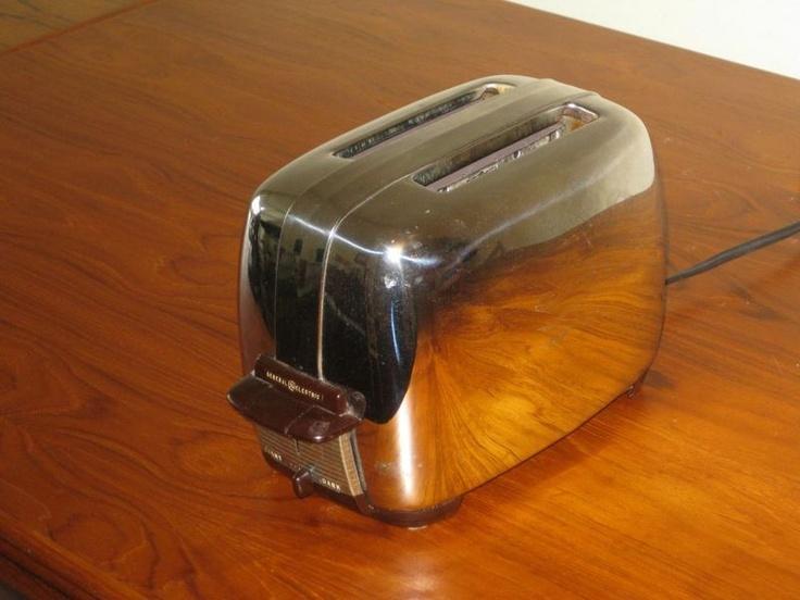 kijiji grille pain r tro 1950 general electric 40. Black Bedroom Furniture Sets. Home Design Ideas