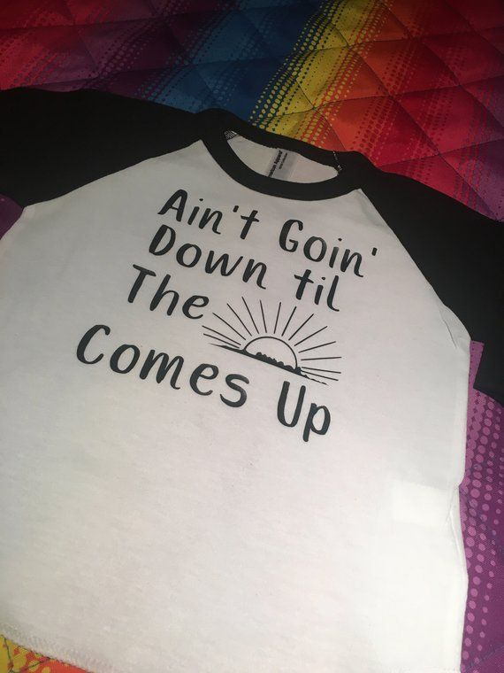 41cb61a8d Aint Goin Down Toddler Tee Country Music Tee Raglan Tee Cowboy Tee Garth  Brooks Trendy Toddler Tee Graphic Tees Southern Baby Shower gift