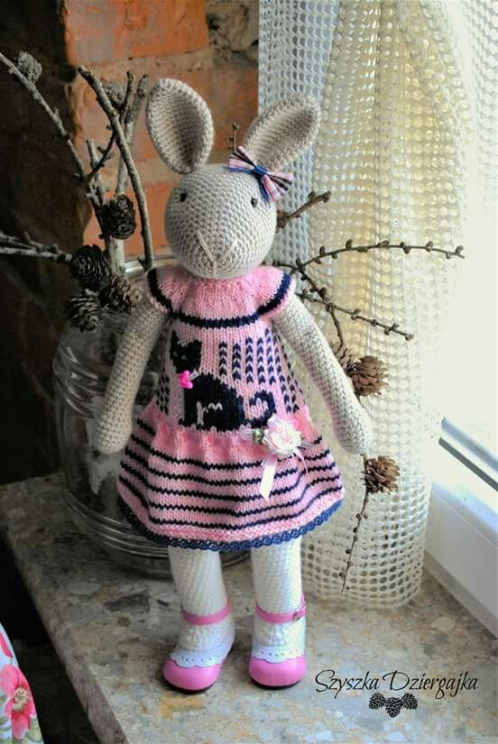 Na specjalne zamówienie. Kierunek Szkocja. #amigurumilove #amigurumitoy #amigurumi #amigurumibunny #crochetlove #crochettoy #crocheting