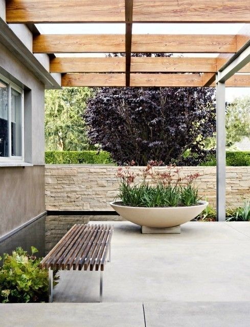 planter, bench, linear lines, wood with concrete