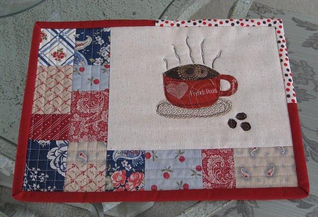 Mug Rug by Lv2Create, via Flickr