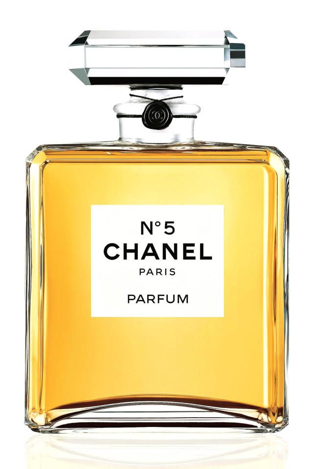 Find your signature scent: sexy fragrances to try now! Chanel No. 5.