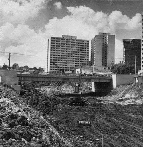Construção da Avenida 23 de Maio Ano: s/d