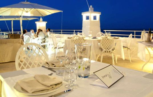 #ITALY #APARTMENT - PUGLIA  - Monopoli - Hotel Don Ferrante - Restaurant on a terrace with sea view in evening light - close to the beach - jacuzzi - pool - 24 persons, 10 bedrooms - from 145 € per day