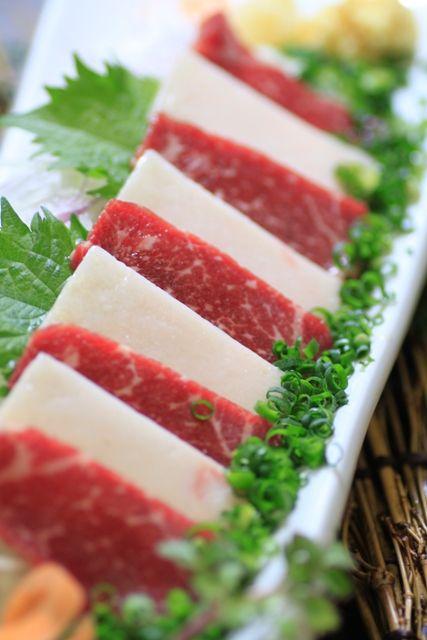 九州の郷土料理と簡単まかないレシピ馬肉 熊本名物☆馬刺し