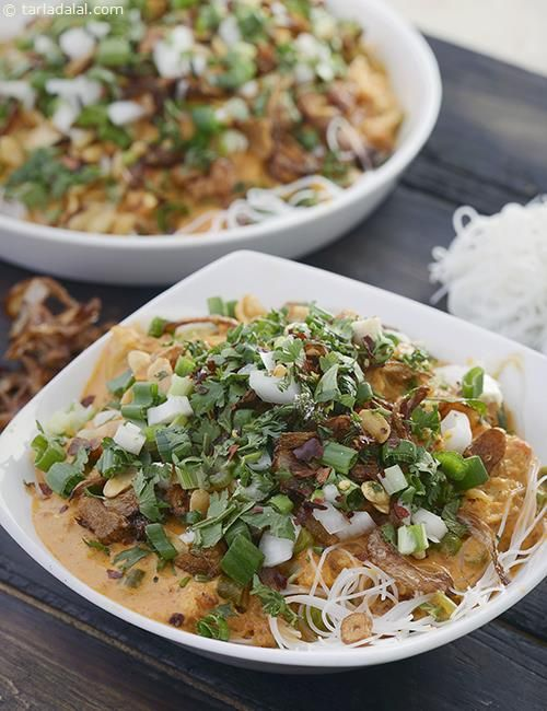 This Khow Suey Recipe is a one pot meal. Burmese food is always so simple, and the flavours are full of spices but without too much chilli for those that can't handle the heat.