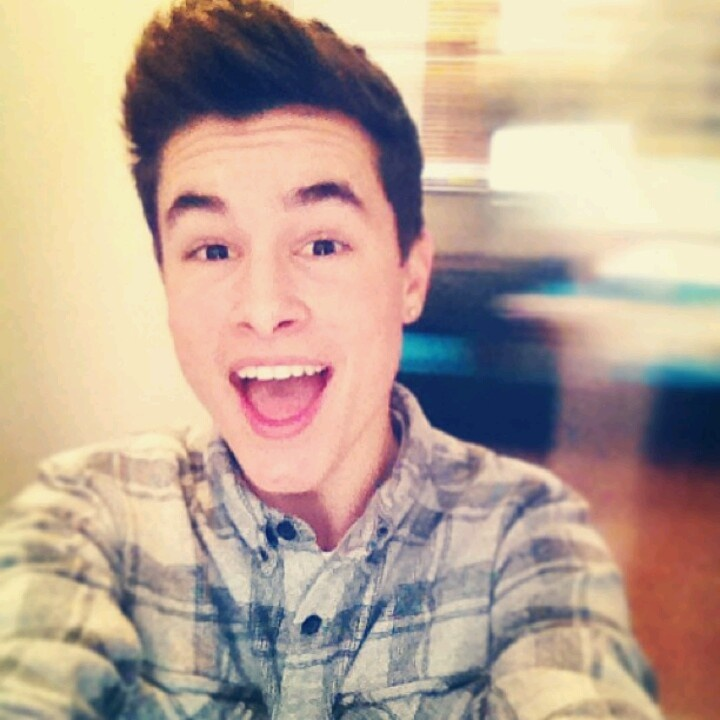 Vin  Kianlawley  Kian Lawley  Guys  Hot Boys  O2L  Favorite PeopleO2l Kian 2014