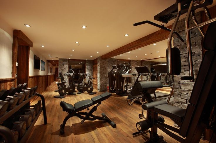 a home gym has to be designed to motivate you to want to be there. This has a very spa-like feel to me. If you add a sauna or steam room in the back this would feel like a sanctuary.
