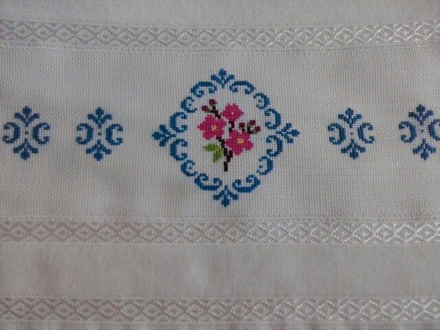 a001fd3918d01c062c657ae0708bb2ec.jpg (640×480) [] # # #Diy #Crafts, # #Cross #Stitch, # #Projects