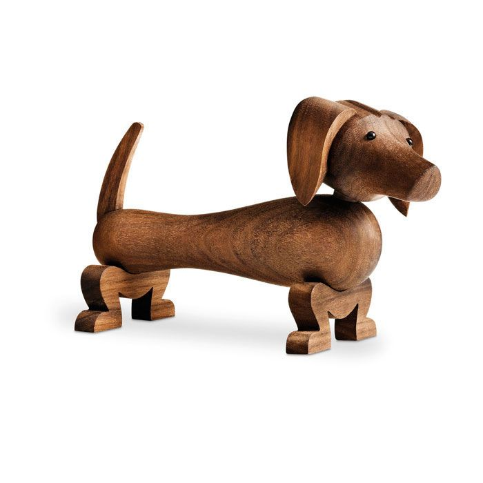 Dog, walnut, Rosendahl #design #royaldesign #decor #interiordesign #inredning #homedecor #heminredning #gift #danishdesign #scandinaviandesign #dog #hund