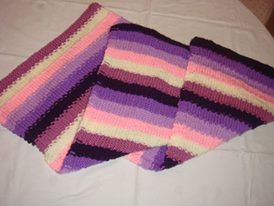 knitting baby blanket https://www.facebook.com/592576267516910/photos/a.618201811621022.1073741834.592576267516910/592582397516297/?type=3