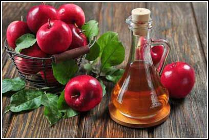 Top 10 Natural Home Remedies for Sunburn Itch and Pain! // DeliciousObsessions.com #applecidervinegar #sunburn