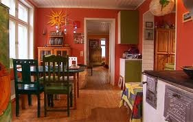 värikäs olohuone